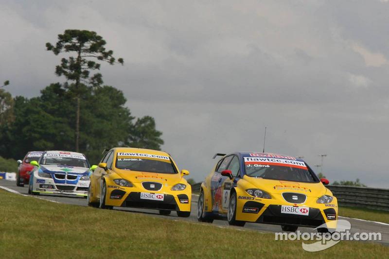 Jordi Gene, SEAT Sport, SEAT Leon et Michel Jourdain, SEAT Sport, SEAT Leon