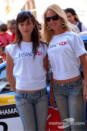 Jeune femme HSBC