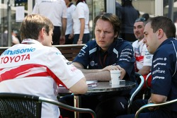 Pascal Vasselon, Toyota Racing, Senior General Manager Chassis and Sam Michael, WilliamsF1 Team, Technical director