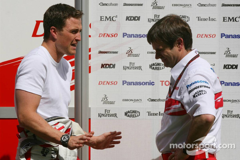 Ralf Schumacher, Toyota Racing and Pascal Vasselon, Toyota Racing, Senior General Manager Chassis
