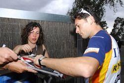 Giancarlo Fisichella, Renault F1 Team, signs autographs