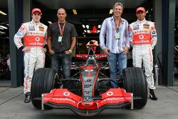 Фернандо Алонсо, McLaren Mercedes, Келли Слэтер, профессиональный серфер, Шон Уэйн, профессиональный