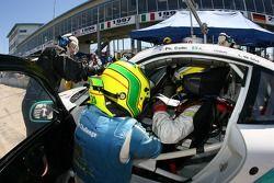 arrêt au stand pour la #10 Konrad Motorsport Porsche 911 GT3 RS: Philip Collin, Antonio Hermann, Luchiano Da Silva