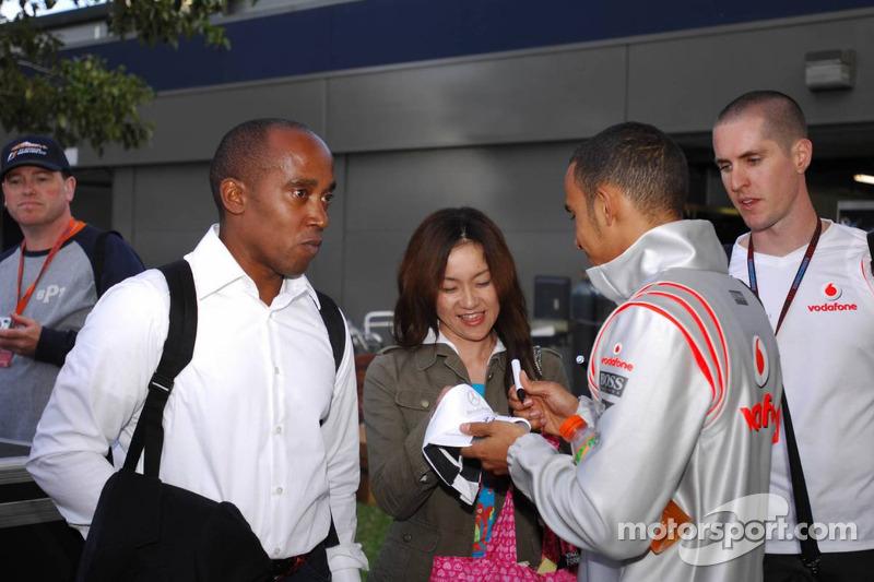 Lewis Hamilton, McLaren Mercedes, y Anthony Hamilton, padre de Lewis Hamilton