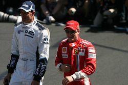 Alexander Wurz, Williams F1 Team and Kimi Raikkonen, Scuderia Ferrari