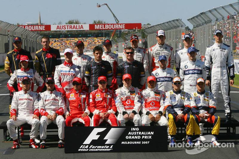 Foto de grupo de pilotos del Campeonato de fórmula uno de 2007