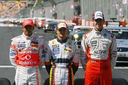 Die 3 F1-Neulinge 2007: Lewis Hamilton, McLaren-Mercedes; Heikki Kovalainen, Renault F1 Team; Adrian