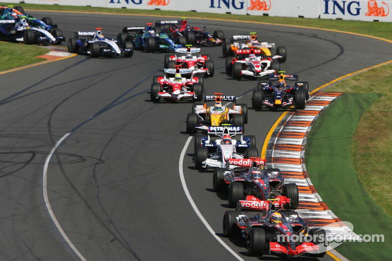 Lewis Hamilton, McLaren Mercedes, MP4-22, y Fernando Alonso, McLaren Mercedes, MP4-22