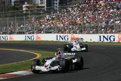 Robert Kubica, BMW Sauber F1 Team, F1.07 leaad Nick Heidfeld, BMW Sauber F1 Team, F1.07