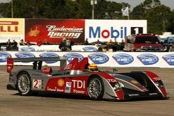 #2 Audi Sport North America, Audi R10 TDI Power: Emanuele Pirro, Marco Werner, Frank Biela
