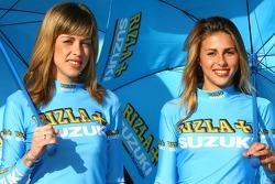 Jeunes femmes Rizla+ Suzuki