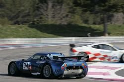 #99 JMB Racing Ferrari F430 GT spins in front of #94 Speedy Racing Team Spyker C8 Spyder GT-R: Iradj