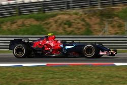 Scott Speed, Scuderia Toro Rosso, STR2