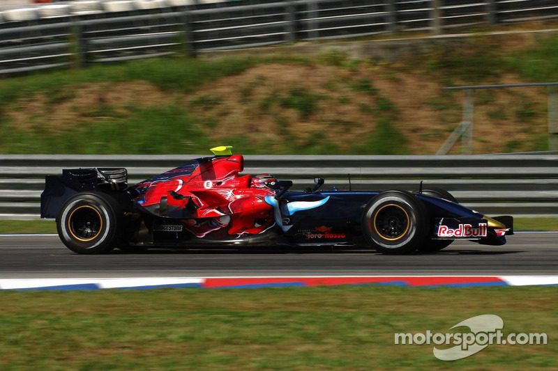 #19: Scott Speed, Scuderia Toro Rosso, STR2