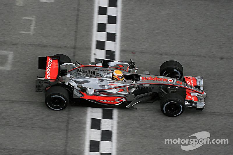 2007 : McLaren MP4-22 - Mercedes