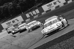 #74 Ebimotors Porsche 997 GT3 RSR: Emanuele Busnelli, Marcello Zani