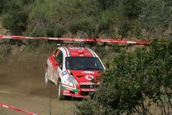 José Pedro Fontes et Fernando Prata, FIAT Vodafone équipe, FIAT Punto S2000, en difficulté