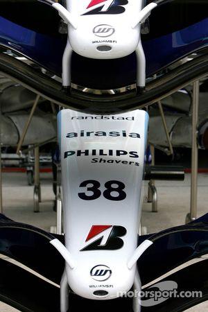 Williams F1 Team, FW29, ön kanats