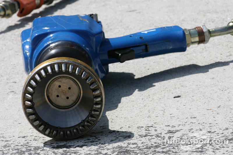 A Wheel Nut Gun