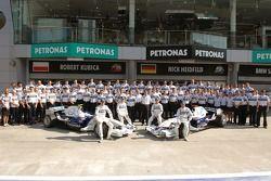 BMW Sauber F1 takım fotoğrafıshoot ve Nick Heidfeld, Robert Kubica, Timo Glock ve Sebastian Vettel