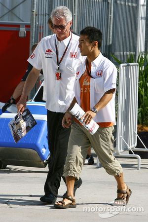 Takuma Sato, Super Aguri F1 et Daniele Audetto, Super Aguri F1