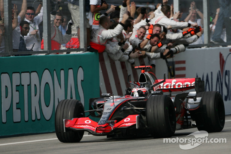 2007 Fernando Alonso, McLaren Mercedes MP4-22