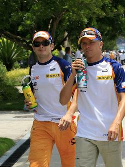 Джанкарло Физикелла и Хейкки Ковалайнен, Renault F1 Team