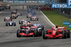 Pace lap: Felipe Massa, Scuderia Ferrari en la salida