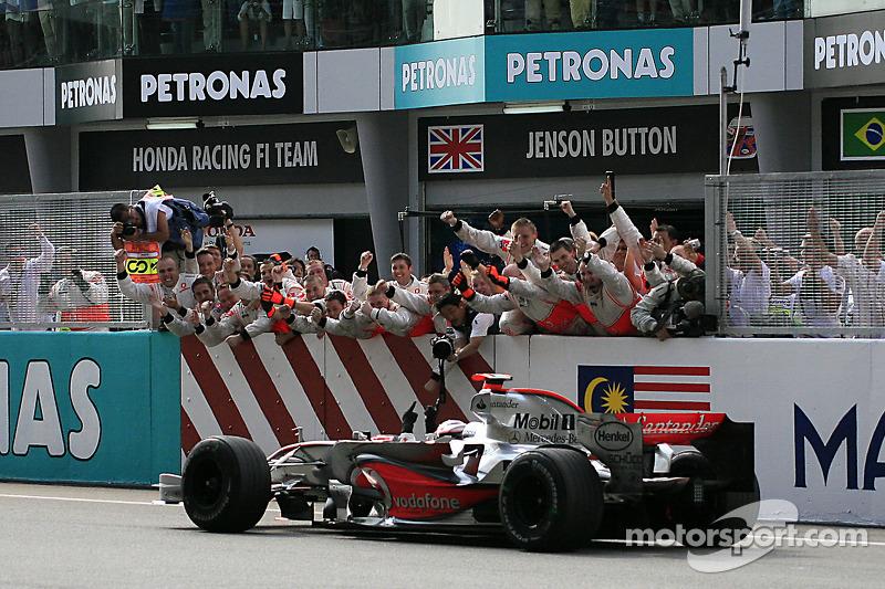 Malasia 2007: Alonso gana en su segundo intento con McLaren