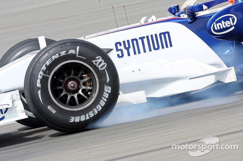 Robert Kubica, BMW Sauber F1 Team, F3.07, lockup