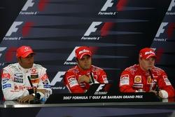 basın toplantısı: Pole: Kazanan Felipe Massa ve 2. Lewis Hamilton ve 3. Kimi Raikkonen
