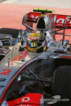 Segundo lugar Lewis Hamilton