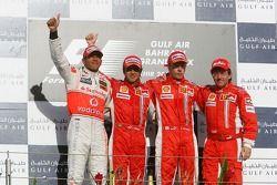 Podio: carrera ganador Felipe Massa con Lewis Hamilton, Kimi Raikkonen y Luca Baldisserri