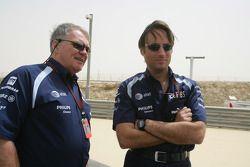 Patrick Head (Williams F1) and Adam Parr (Wiliams F1) on the GP2 grid