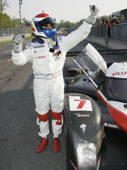 Marc Gene célèbre sa victoire