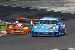 #85 Spyker Squadron Spyker C8 Spyder GT2R: Peter Kox, Jarek Janis, #79 Team Felbermayr Proton Porsche 996 GT3 RSR: Horst Felbermayr Sr., Gerold Ried, Phil Collin