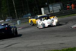 Collision entre une Kruse Motorsport # 44 Pescarolo - Judd: Tony Burgess, Jean De Pourtales, Norbert
