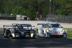 #14 Racing For Holland Dome S101.5 - Judd: Jan Lammers, David Hart, #76 Imsa Performance Matmut Porsche 997 GT3 RSR: Raymond Narac, Richard Lietz
