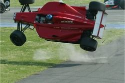 accident pour Clivio Piccione, RC Motorsport au premier virage