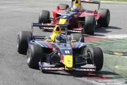 Sebastian Vettel, Carlin Motorsport devant le gagnant d'hier Michael Aleshin, Carlin Motorsport