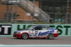 #127 Fountain Motorsports BMW 330i: Guy Cosmo, David Tuaty