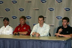 Conférence de presse du jeudi: Rinaldo Capello, Mika Salo, Chris Dyson et Tom Milner