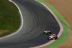 Narain Karthikeyan, pilote A1 Equipe d'Inde, Sergio Perez, pilote A1 Equipe du Mexique
