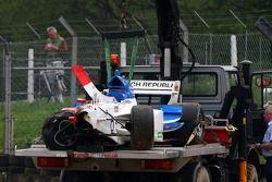 La voiture endommagée de Jan Charouz, pilote A1 Equipe de République Tchéque