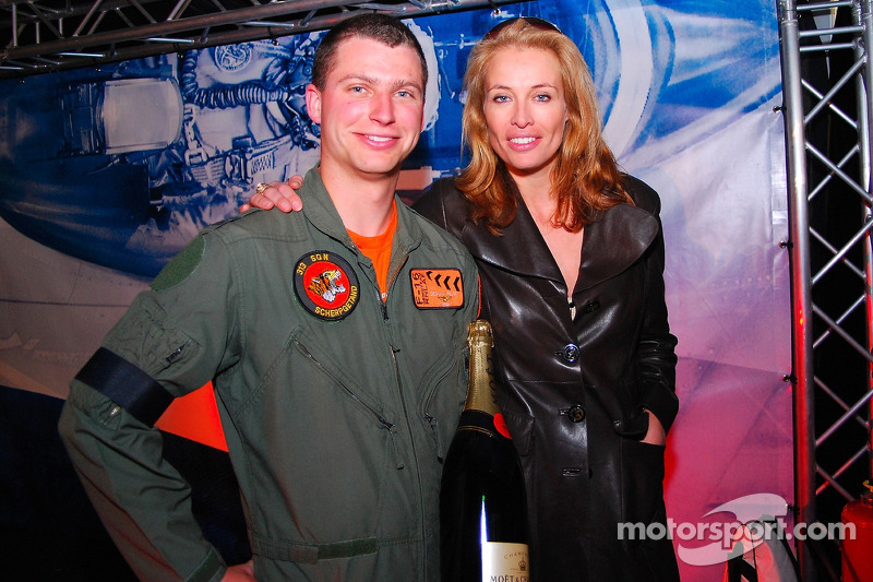 Pilot of F-16 Fighter jet of the Royal Netherlands Airforce and Frederique van der Wal, Glmaour mode