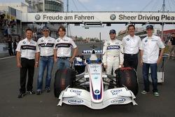 Andy Priaulx, Jorg Muller, Augusto Farfus, Nick Heidfeld, Dr Mario Theissen ve Sebastian Vettel