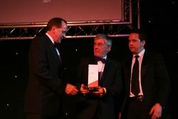 Mark Gallaher and Mark Kershaw, Seat Holder of A1Team Ireland take the Most Appealing award