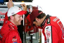 Dale Earnhardt Jr. et Elliott Sadler