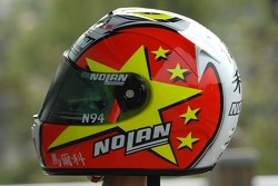 Marco Melandri presents his new helmet