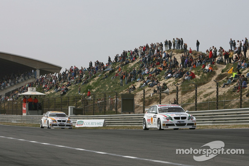 Alex Zanardi, BMW Team Italy-Spain, BMW 320si WTCC et Felix Porteiro, BMW Team Italy-Spain, BMW 320si WTCC